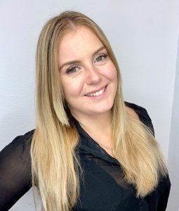 Rebecca, frisör på Ansa i Göteborg